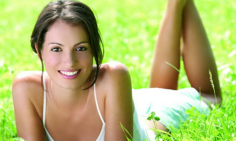 Особенности использования косметики летом